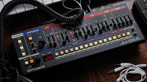 Roland JU-06A Boutique Synthesizer
