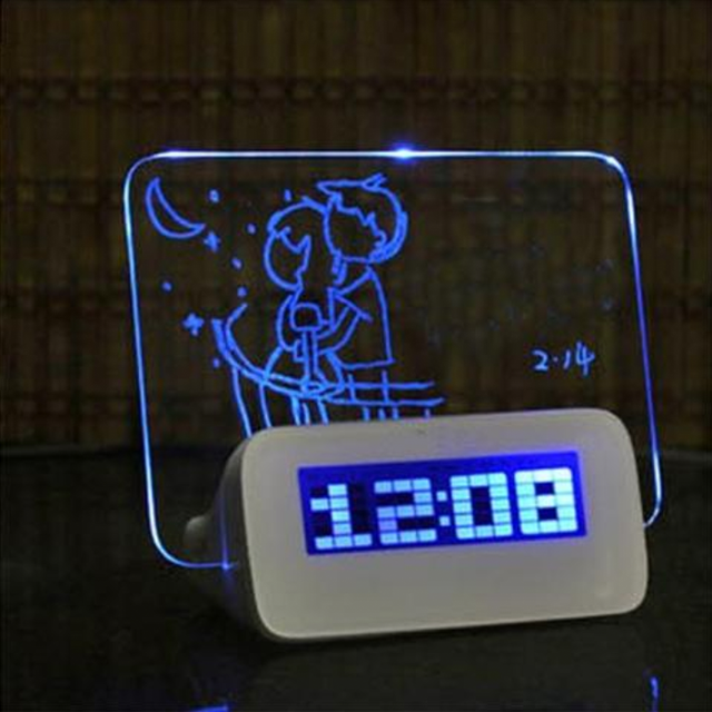 LED Digital Alarm Clock w/ Message Board & 4 Port USB Hub