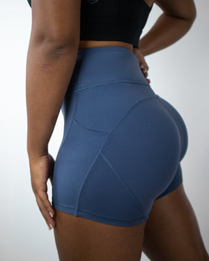 Petra Pocket Shorts- (High-Rise)- Navy