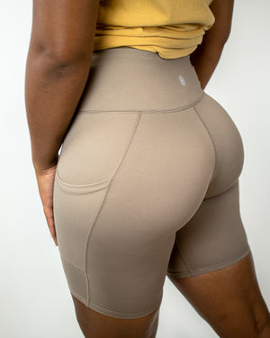 In-Motion Biker Shorts (Pockets)- Mocha - Equinox Movement