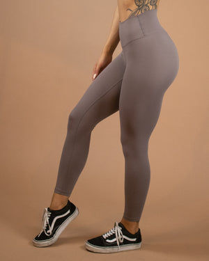 No Seam Leggings (High-Rise)- Eclipse - Equinox Movement