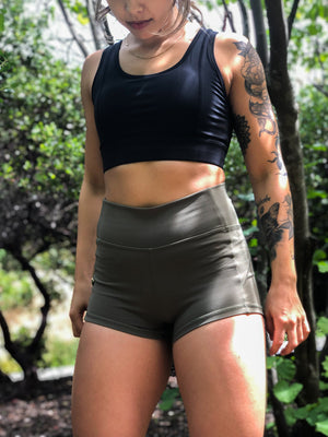 "Hydra Movement Shorts 2.5"" (High-Rise)- Olive - Equinox Movement"