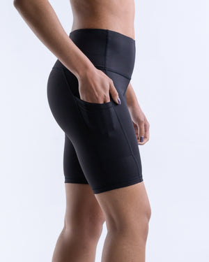 In-Motion Biker Shorts (Pockets)- Black - Equinox Movement