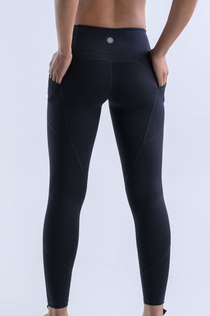 Wanderlust Pocket Leggings- Black - Equinox Movement