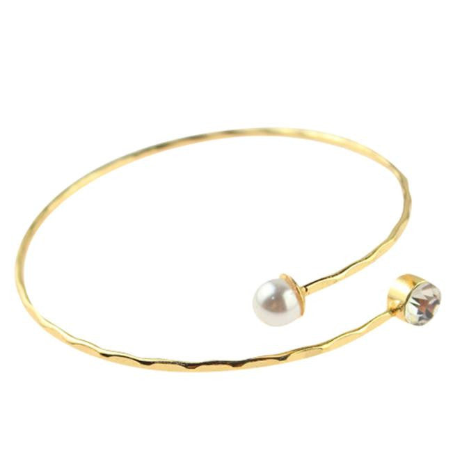 Simple Pearl Bangle