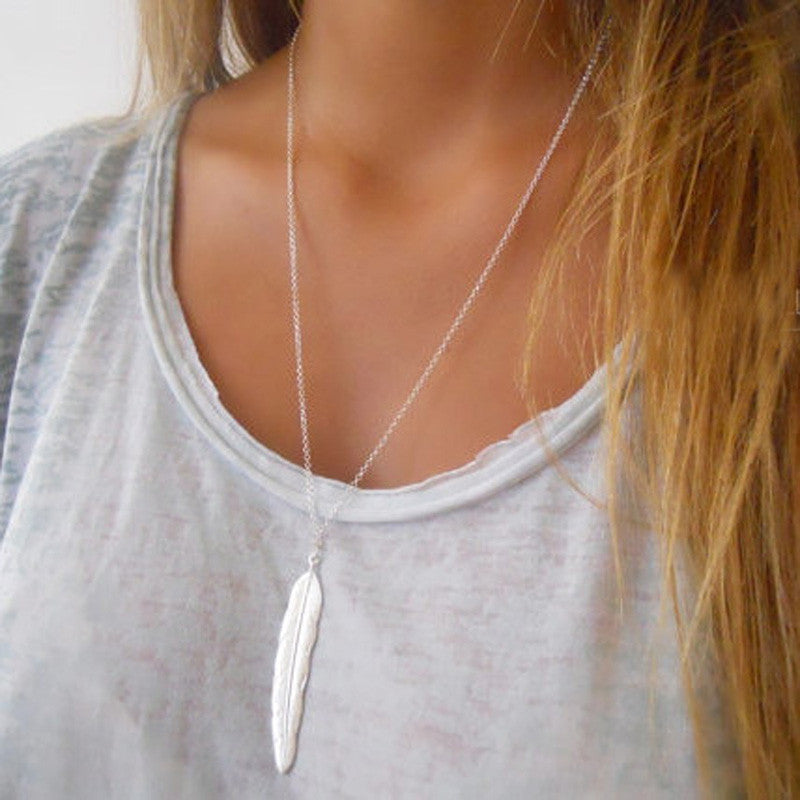 Leaf Pendant Long Necklace