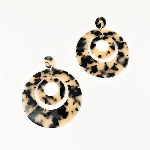Layered Resin Rings Earrings Nude/Tortoise
