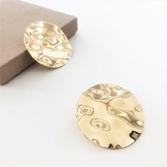 Beaten Disc Studs Gold