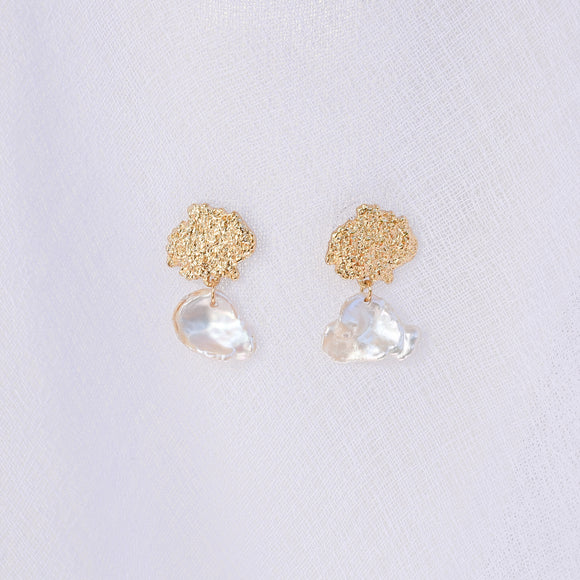 Sofia Gold Pearl Earrings