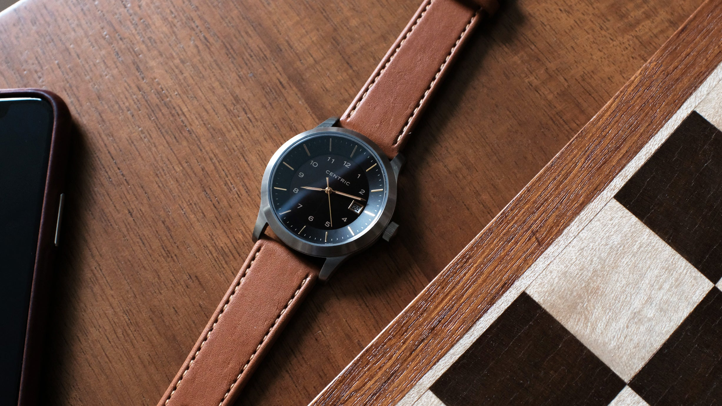 Field Watch Mark I (Gilt ) - Classic Leather Strap