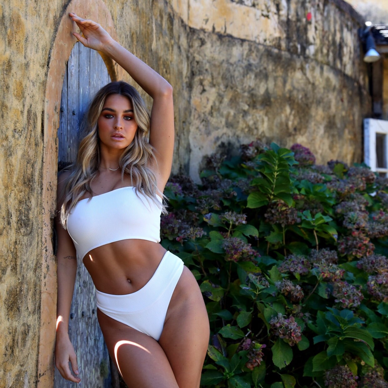 High Waist Cheeky Bikini Bottom - White Ribbed