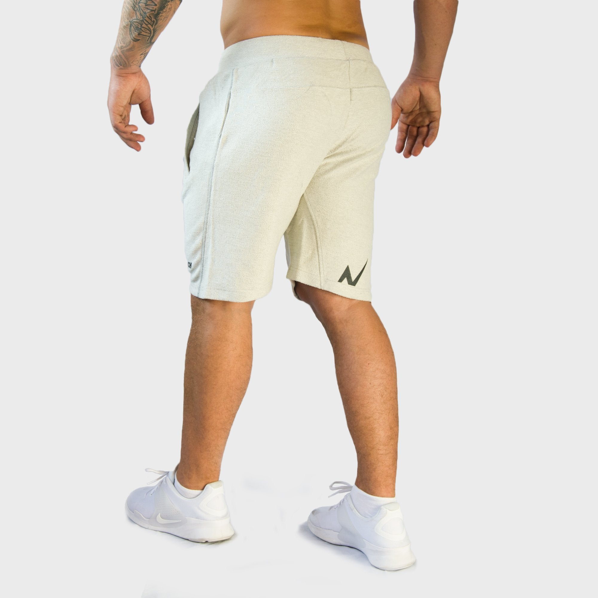 Vigor Shorts | White