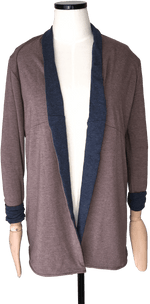 Load image into Gallery viewer, THE CARDIGAN