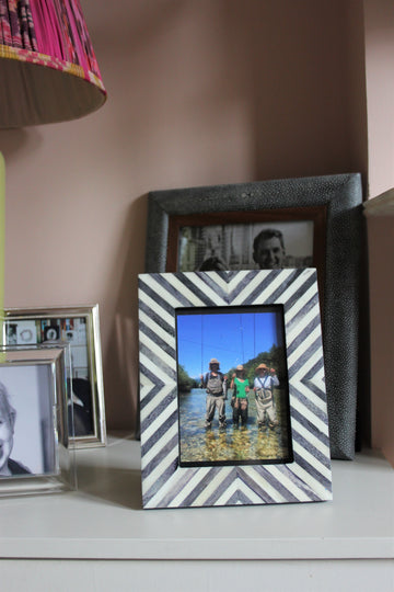 Small Photo frame - Grey and White