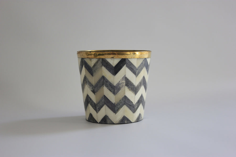 Grey and white brush pot