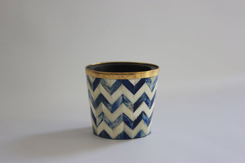 Blue and white pencil/makeup brush pot