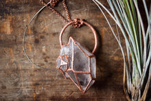 Aphrodite Quartz Necklace