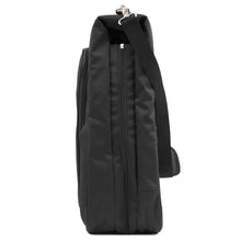 Travelpro - Maxlite® 5 Bi-Fold Hanging Garment Bag