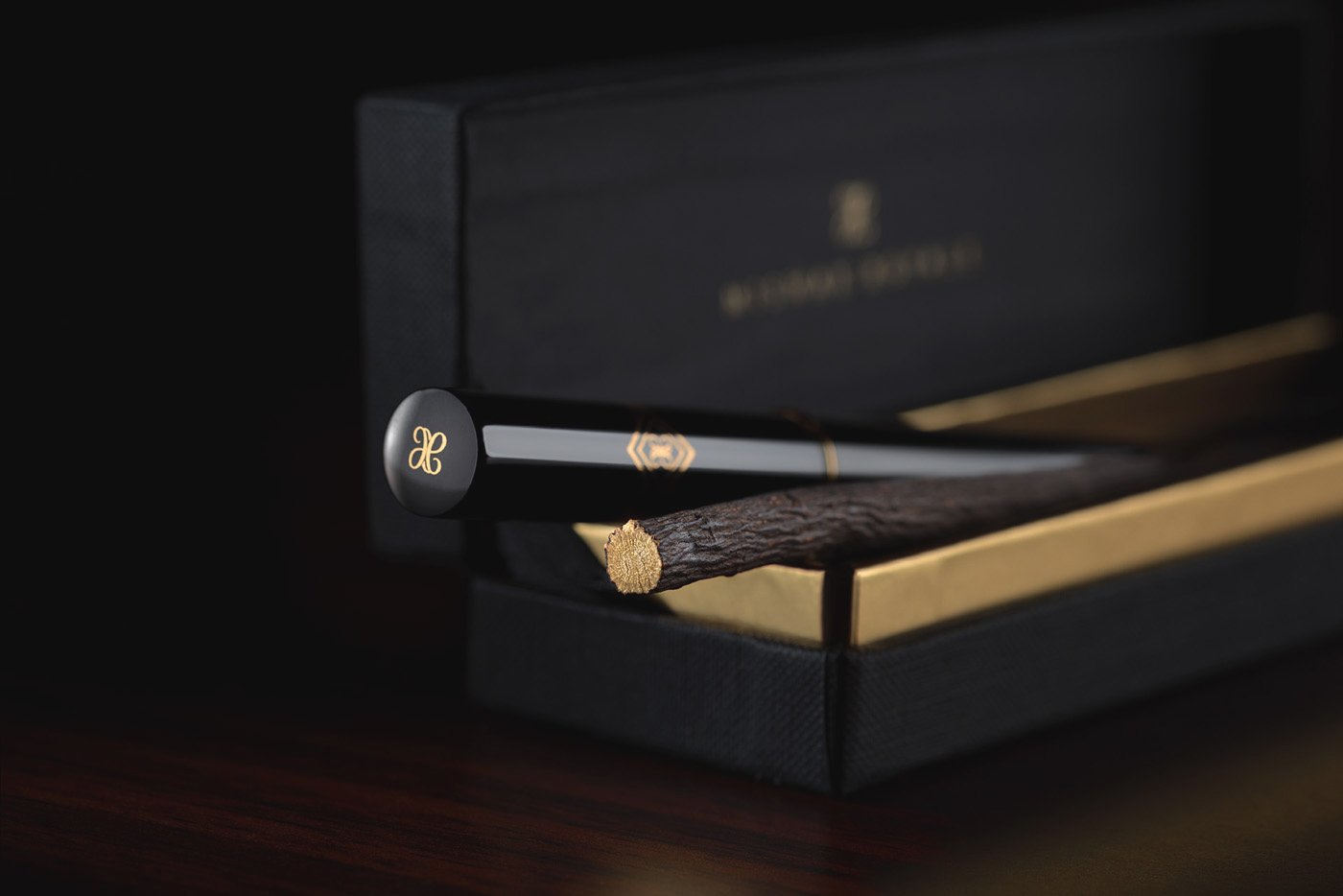 Royal Miswak Single Piece Luxury Gift Box