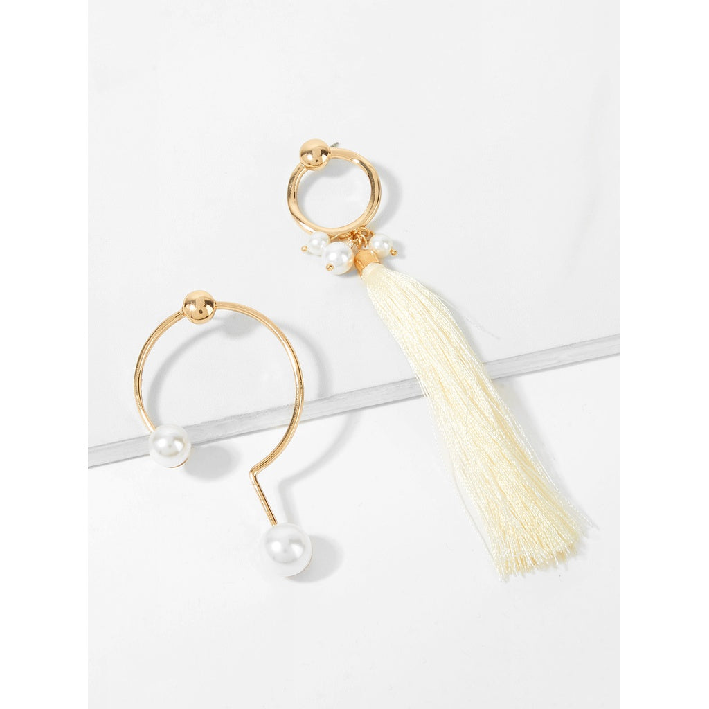Circle Design Mismatched Tassel Drop Earrings - www.maboutiquefashion.com