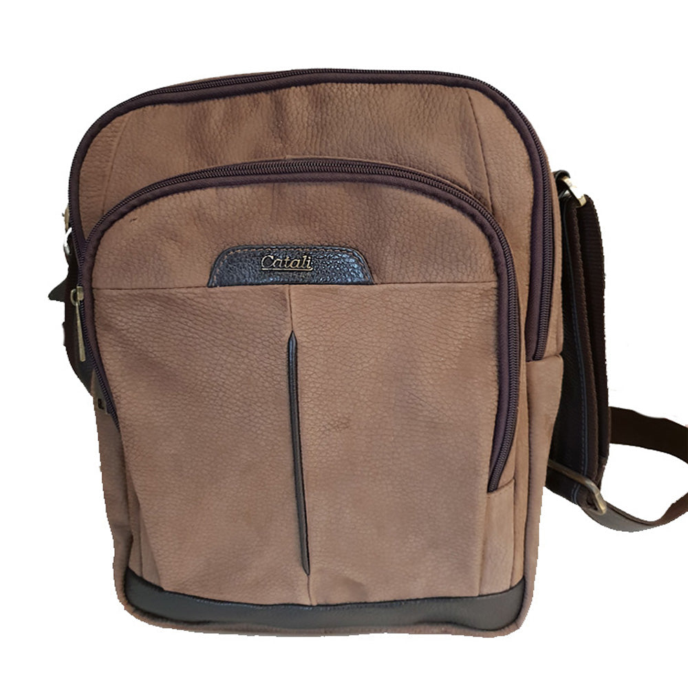 Men's genuine leather bag in brown colour A4