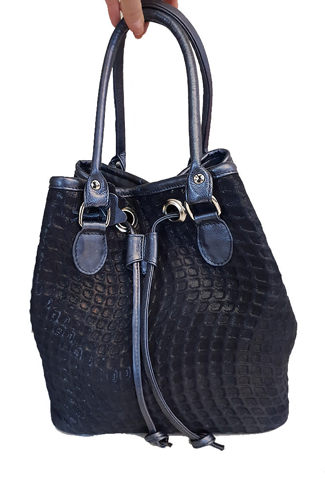 Women's genuine leather bag in navy blue colour
