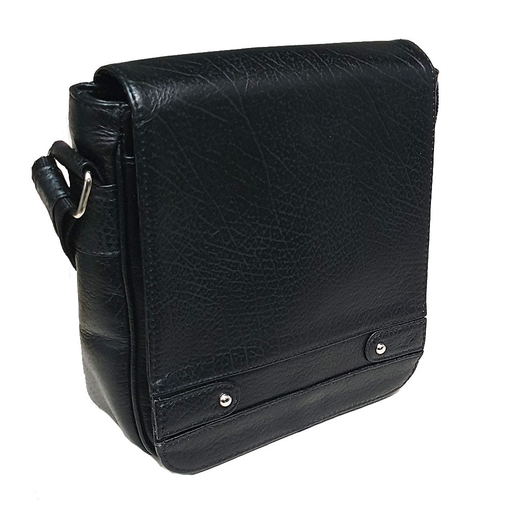 Men's genuine leather bag in black colour