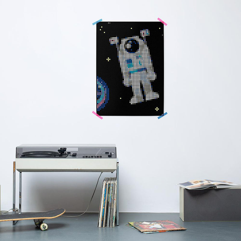 dot on art space | astronaut - Da Da Kinder Store Singapore