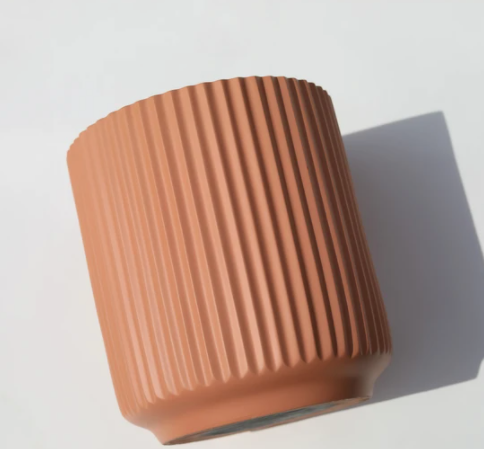 Scalloped Matte Cylinder Pot