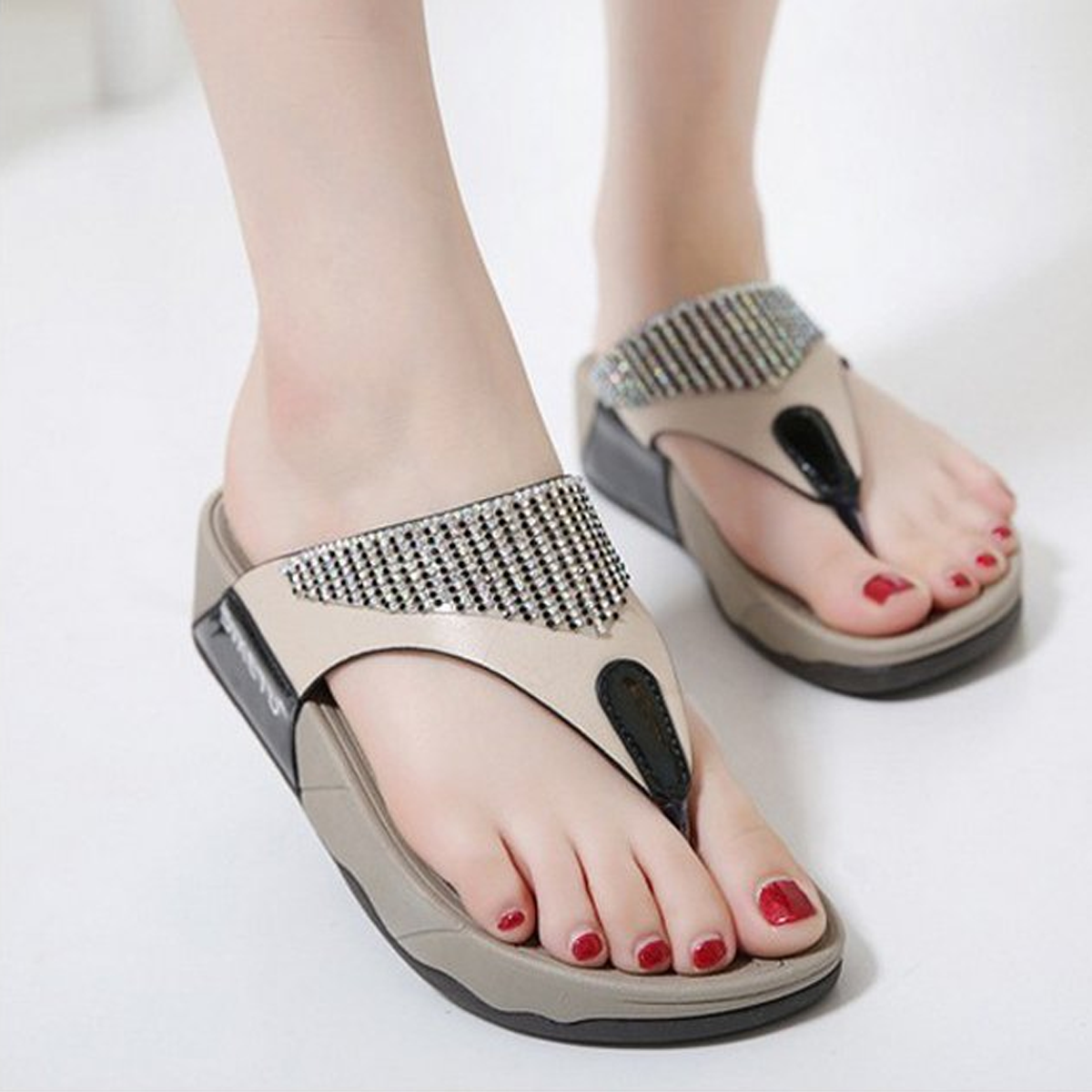 Water Drill Thick Bottom Female Cool Slippers