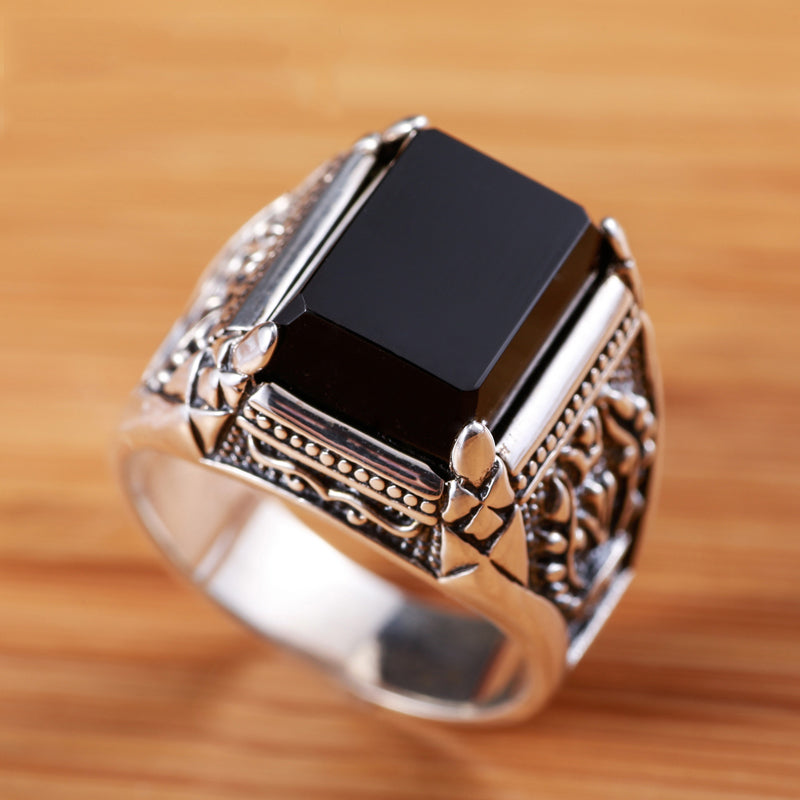 Black Agate And 925 Striling Silver Onyx Ring