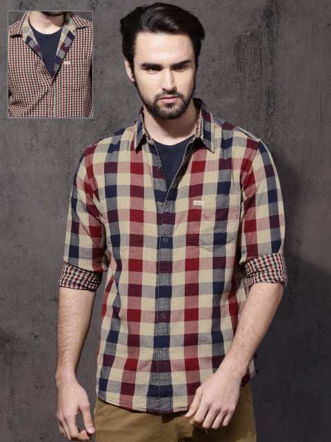 Roadster Men Multicoloured Regular Fit Checked Casual Shirt