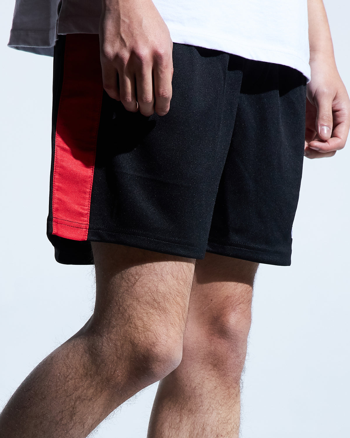Evander Shorts (Black/Red)