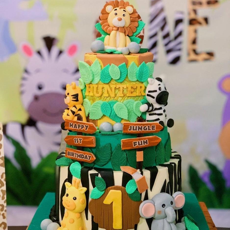 3 tier Safari Themed Cake