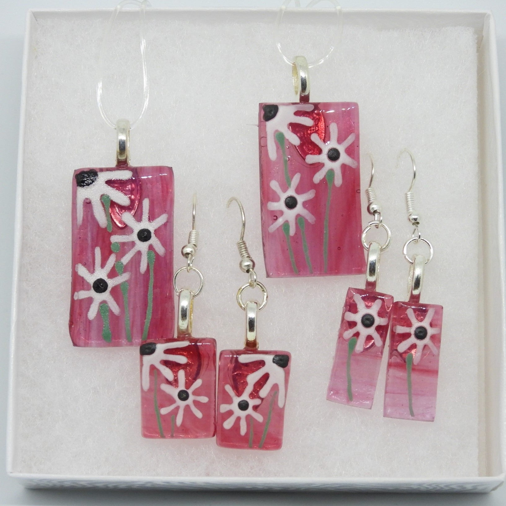 Deep Pink Necklace / Earrings
