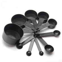 10 measuring cups and spoons