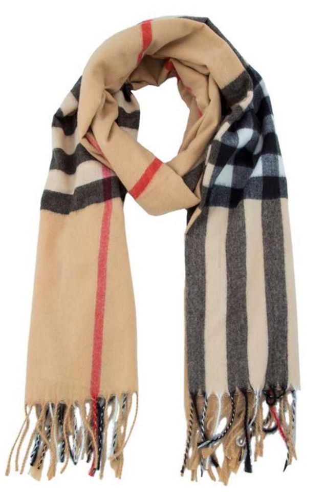 Chic & Checkered Scarf