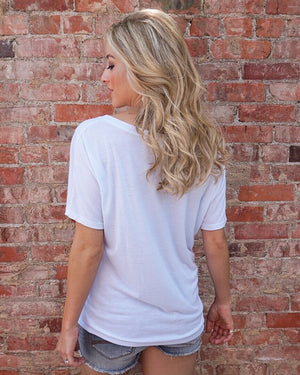 Baseball – Girls Who Love Baseball Are Rare. Wife 'Em Up.™ – White Slouchy Tee - Live Love Gameday®
