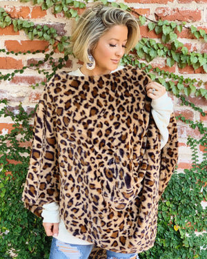 Plush Faux Fur Leopard Poncho (Dark)