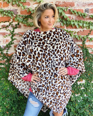 Plush Faux Fur Leopard Poncho (Light)