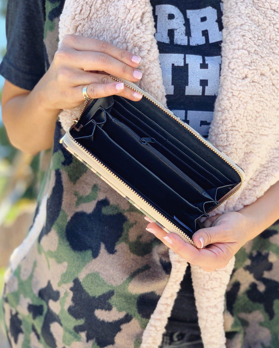 Camo Wallet - Live Love Gameday®