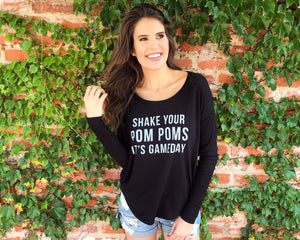 Shake Your Pom Poms It's Gameday™ – Long-Sleeve Flowy Top