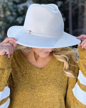 Corduroy Winter Panama Hat (Ivory)