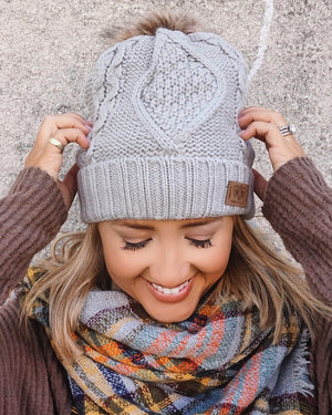 Light Gray Oversized Chunky Fleece Diamond Pom Beanie