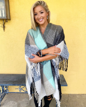 Black/Mint Super Soft Fringe Poncho