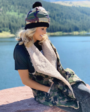 Camo Sherpa-Lined Vest With Pockets - Live Love Gameday®