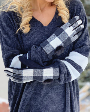 Black & White Buffalo Plaid Gloves