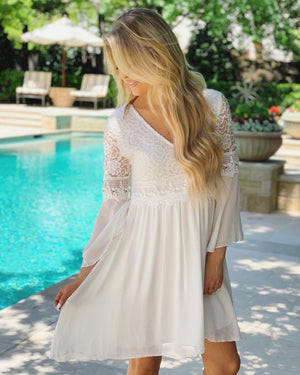 Flowy Lace White Dress (Pre-Order)