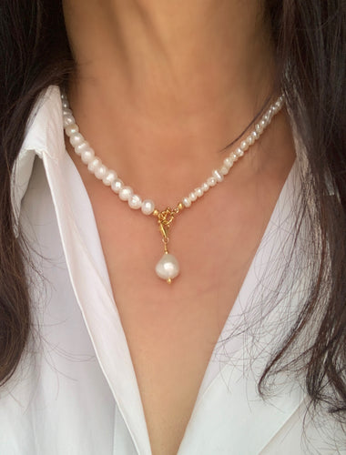 Jeffrey pearl necklace