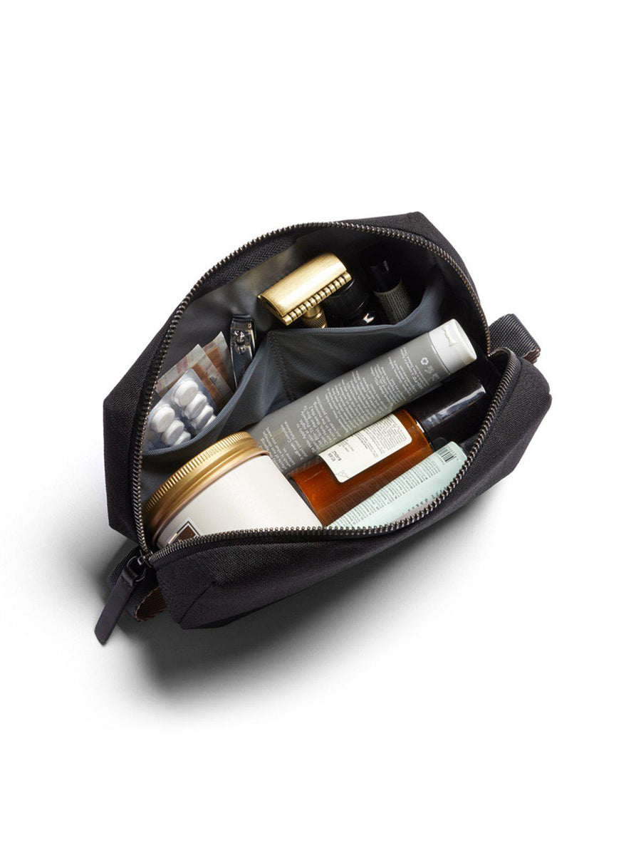 Bellroy Dopp Kit Black - MORE by Morello Indonesia